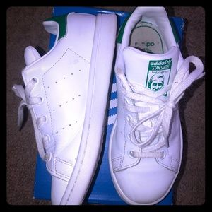 Stan Smith Adidas Size 1